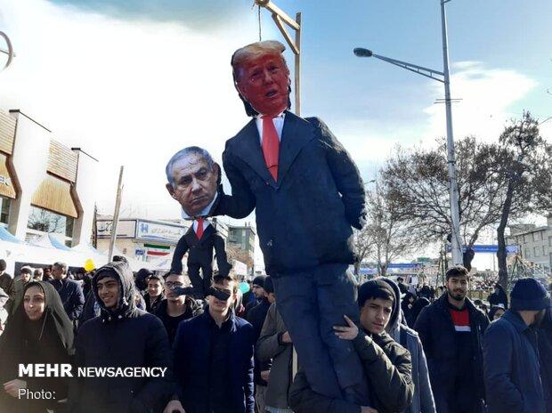 تہران میں امریکی صدر ٹرمپ کوتختہ دار پر لٹکا دیا گیا
