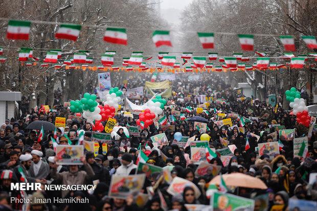 راهپیمایی باشکوه ۲۲بهمن در همدان
