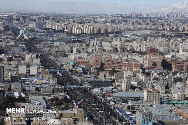 تصاویر هوایی از راهپیمایی 22 بهمن