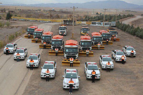بکارگیری ۳۷۶ دستگاه ماشینآلات در عملیات راهداری آذربایجانشرقی