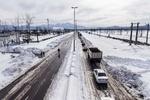 رانندگان از انجام سفرهای غیر ضروری خودداری کنند