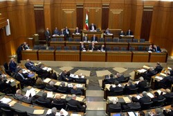 پارلمان لبنان به کابینه «دیاب» رأی اعتماد داد