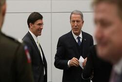 وزرای دفاع ترکیه و آمریکا دیدار کردند
