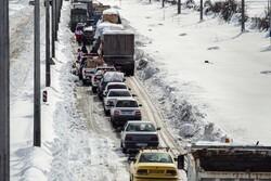 گرفتار شدن دهها خودرو در آزادراه تبریز- مرند