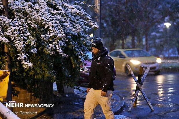 خوشحالی مردم عراق از بارش برف کم سابقه