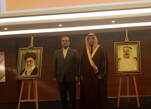 احياء الذكرى الـ 41 للثورة الإسلامية في السفارة الإيرانية بالکویت