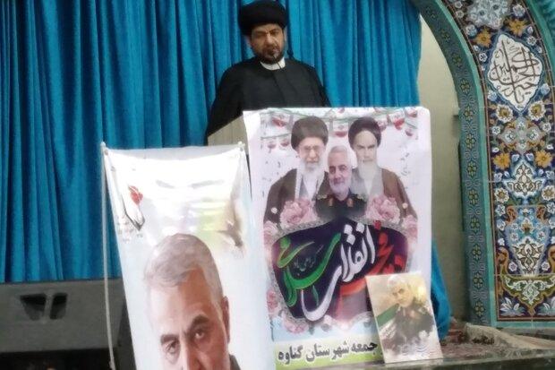 مکتب شهید سلیمانی به نسل جوان منتقل شود