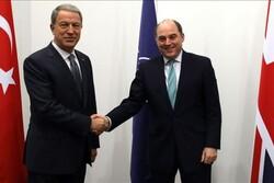 وزیر دفاع ترکیه با همتایان انگلیسی و فرانسوی خود دیدار کرد