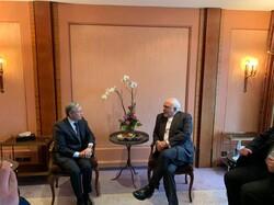 ظریف با وزیر امور خارجه کانادا دیدار و گفتگو کرد
