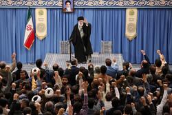 رہبر معظم انقلاب اسلامی سے ہزاروں ذاکرین ، شعراء اور مداحوں کی ملاقات