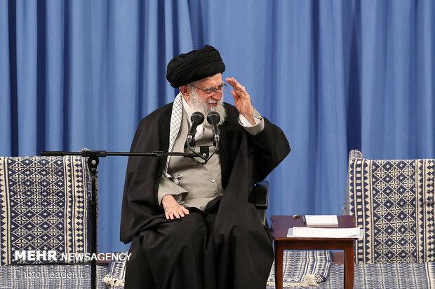 دیدار مداحان اهلبیت علیهمالسلام با رهبر انقلاب