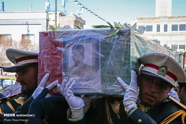 پیکر مطهر شهید مدافع وطن «امیررضا رمضانی» در مشهد تشییع شد