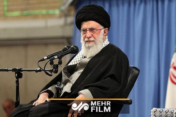 رہبر معظم انقلاب اسلامی سے مداحوں کی ملاقات
