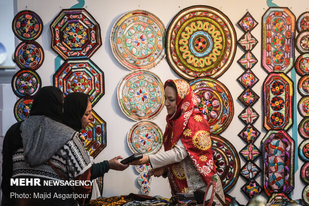 Tehran handicrafts exports hit over $73mn since Mar. 2019