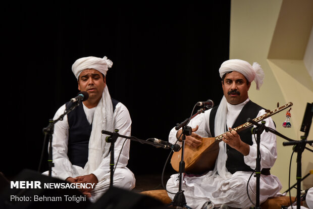 Local music band performs at Fajr Intl. Music Festival
