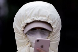 ضربه کرونا به صنعت موبایل/ از افزایش قیمت نمایشگر تا کاهش درآمد اپل و هواوی