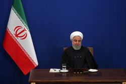 """Ruhani'den """"İran'a yabancı yatırım"""" açıklaması"""