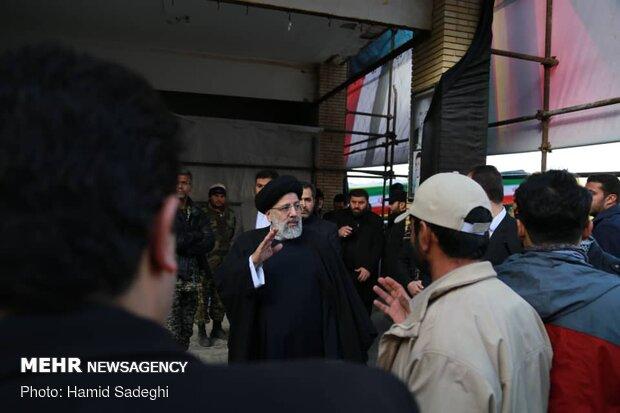 حضور حجت الاسلام رئیسی در گلزار شهدای کرمان