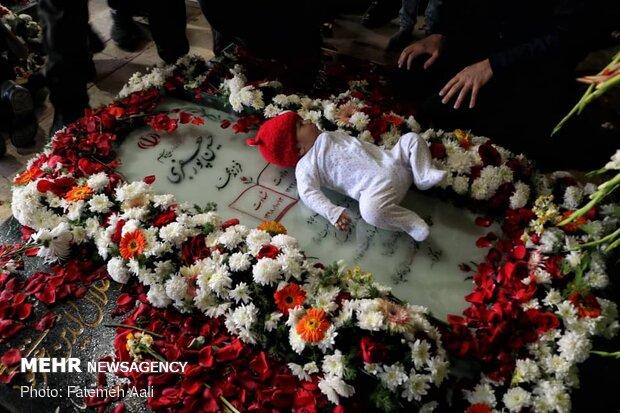 Şehit Korgeneral Süleymani mezarında anıldı