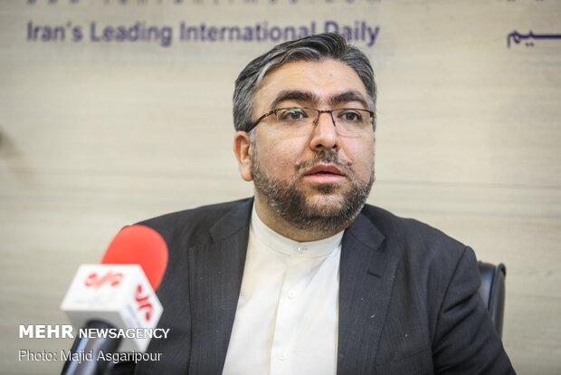 ابوالفضل عموئي: قرار مجموعة العمل المالي يخضع لرفع العقوبات عن إيران