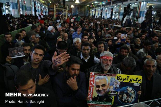 مراسم چهلم سردار سلیمانی در مصلی کرمان
