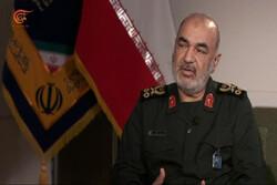 القائد العام للحرس الثوري يعلن إيفاد مروحتين للمشاركة باطفاء حريق غابات جنوب ايران
