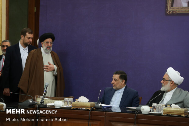 Supreme Council of Judiciary holds meeting with public institutions