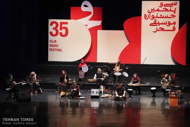 Rastak performs hits at Fajr festival