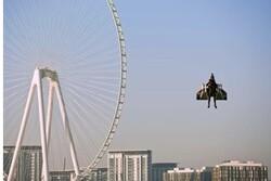 پرواز با جت پک در آسمان دبی