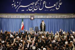 رہبر معظم انقلاب اسلامی سے مشرقی آذربائیجان کے عوام کی ملاقات