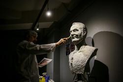 """افتتاح المعرض الثاني عشر لمهرجان """"الفجر"""" للفنون التشكيلية /صور"""