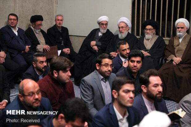 قائد الثورة يستقبل اليوم حشودا غفيرة من اهالي آذربيجان الشرقية