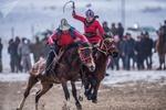 Kırgız Türkleri'nin geleneksel oyunu: Buzkaşi
