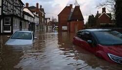 برطانیہ میں طوفان سے بڑے پیمانے پر تباہی