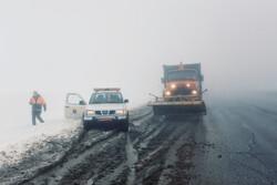 امدادرسانی به ۱۵۰ مسافر در پی بارش برف در کوهرنگ/ خسارت به عشایر