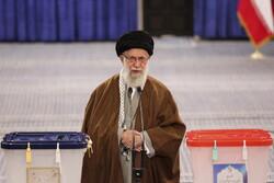 Islamic Revolution Leader casts his vote in ballot box