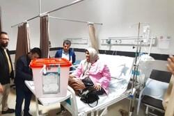 صندوق سیار اخذ رأی در بیمارستان امام رضا آمل