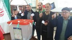 حضور پرشور مردم مازندران در پای صندوق های رأی