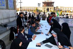 İran'da seçim heyecanı devam ediyor