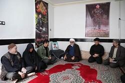 امنیت ایران و کشورهای منطقه مرهون دلاوریهای مدافعان حرم است
