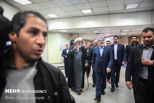 بازدید رئیس دفتر رهبر انقلاب و وزیر اطلاعات از ستاد انتخابات کشور
