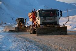 ۱۵۰۰ کیلومتر از محورهای استان مرکزی برف روبی و نمک پاشی شد