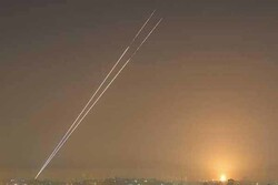 Dozens of missiles fired at Zionist settlements near Gaza Strip: report