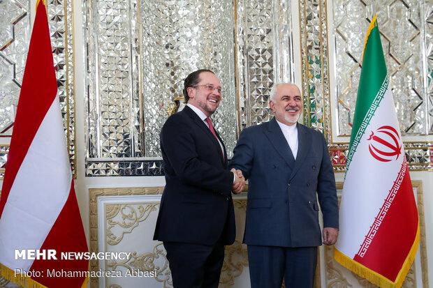 لقاء يجمع بين وزير الخارجية الايراني ونظيره النمساوي