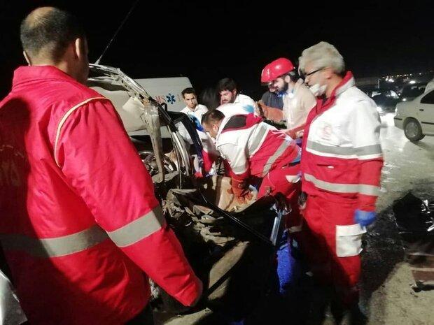 تصادف زنجیره ای ۵ خودرو در گلستان یک کشته و ۴ مصدوم برجای گذاشت