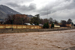 وعده مرداد ماه برای افتتاح پروژههای سیلاب/ آبگیری از «کمندان» تا پایان سال