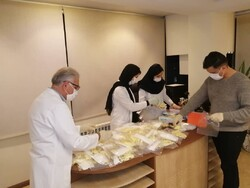 توزیع رایگان ۲۰۰۰ عدد ماسک و دستکش بهداشتی در کرج