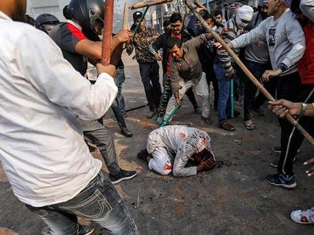 دہلی میں پولیس اور ہندو دہشت گردوں کے حملوں میں 7 مسلمان شہید / درجنوں زخمی