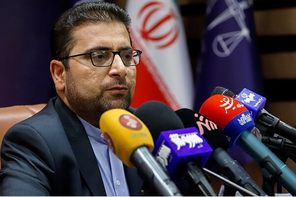 نحو 400 سجل قضائي في مجال إحتكار السلع الصحية والمطهرات في ايران