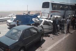 تصادف زنجیره ای در اتوبان کرج به قزوین ۲۵ مصدوم برجای گذاشت